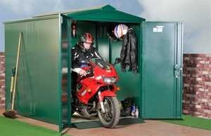 Гаражное хранение мотоцикла