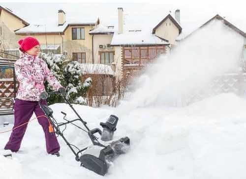 Снегоуборщик выбрать и купить не дорого